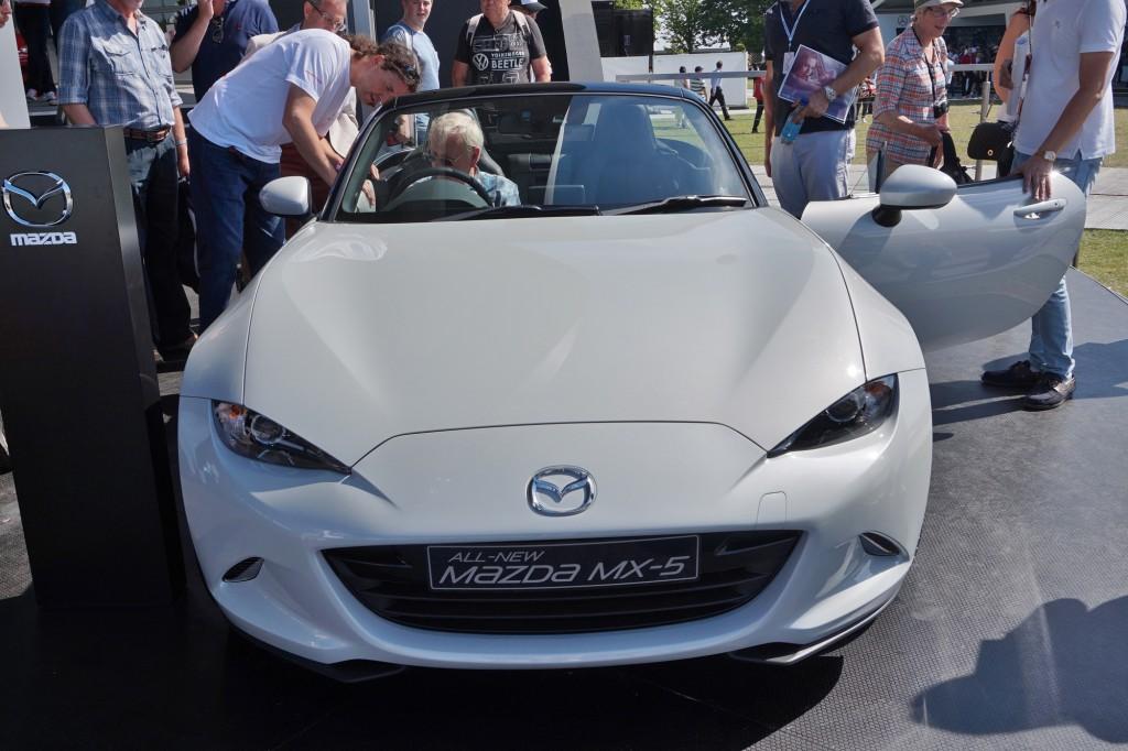 Mazda212