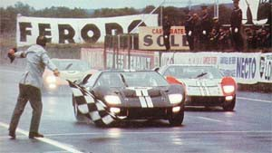 ford-gt40-finish-le-mans