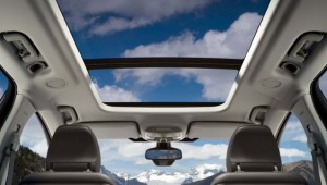 The panoramic roof will brighten up the interior.