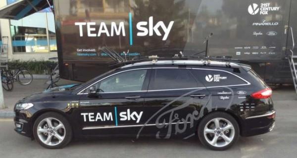 Equipe-de-ciclismo-Team-Sky-usara-carros-da-Ford-em-2016-para-apoio-3