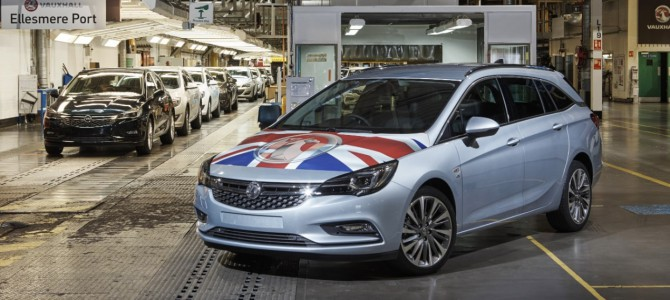 First Astra Sports Tourer Rolls Off Production Line