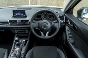 Mazda3_SB_047-520x347