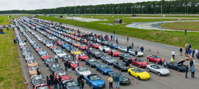 ONE MILLION MAZDA MX-5's