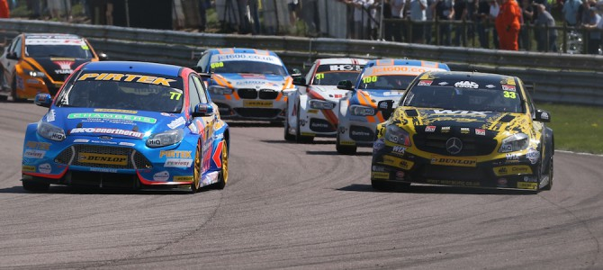 Good Results for the Motorbase Fords at Thruxton