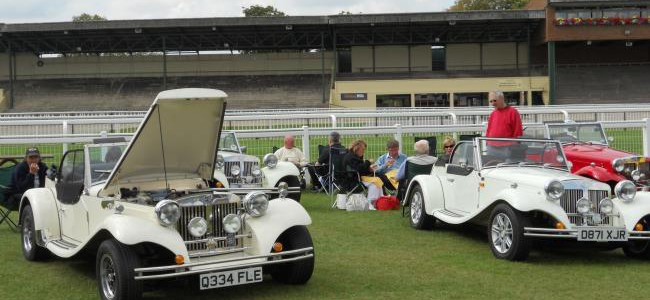 Classic Car Show Returns to Ripon Racecourse this August Bank Holiday