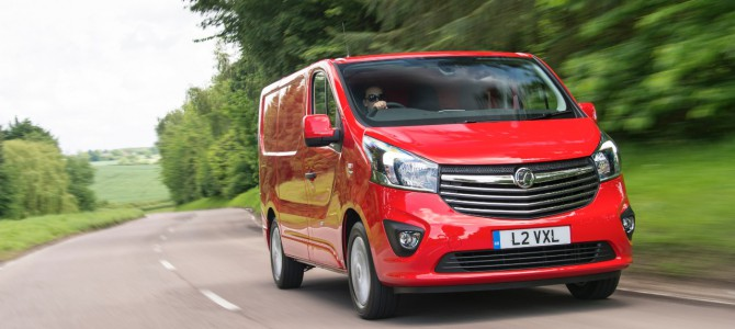 Vivaro Crowned Used Van of the Year at What Van? Awards