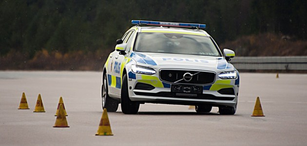 Volvo V90 passes demanding police driving test with highest ever rating