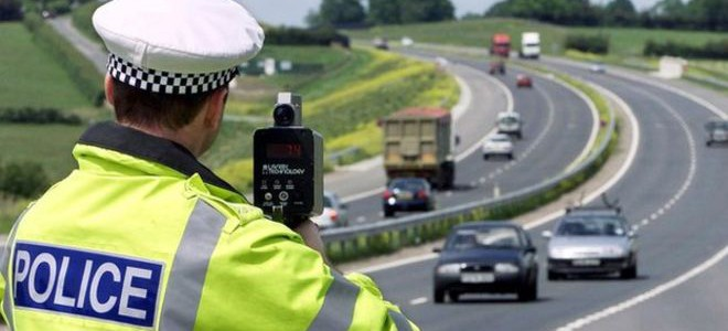 Are there sufficient traffic police on UK roads?